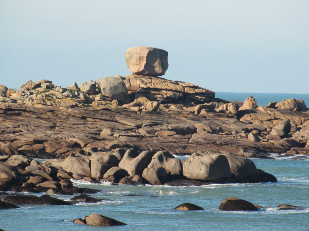 Landrellec, Pink Granite Coast | a french collection