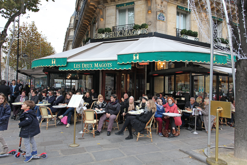 who wins parisian rival cafes a french collection. Black Bedroom Furniture Sets. Home Design Ideas